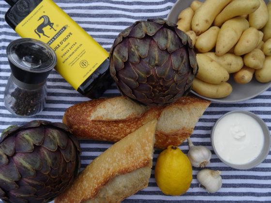 Camping-Küche: Artischocke plus Beilagen