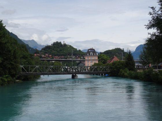 Interlaken und der Fluss Aare