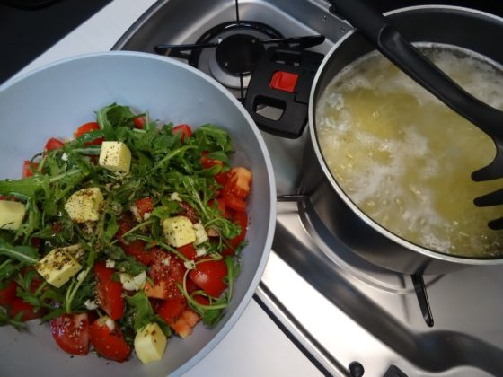 Camping-Rezept: Rucola-Spaghetti
