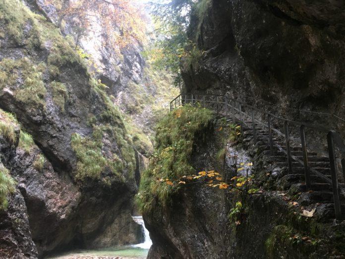 Die Almbachklamm im Herbst