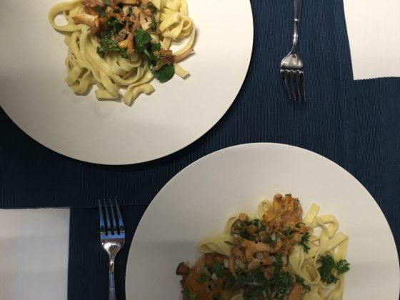 Pfifferling-Ragout mit selbstgemachter Pasta