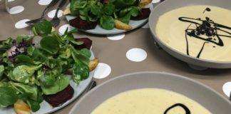 Kartoffelsuppe mit Wintersalat