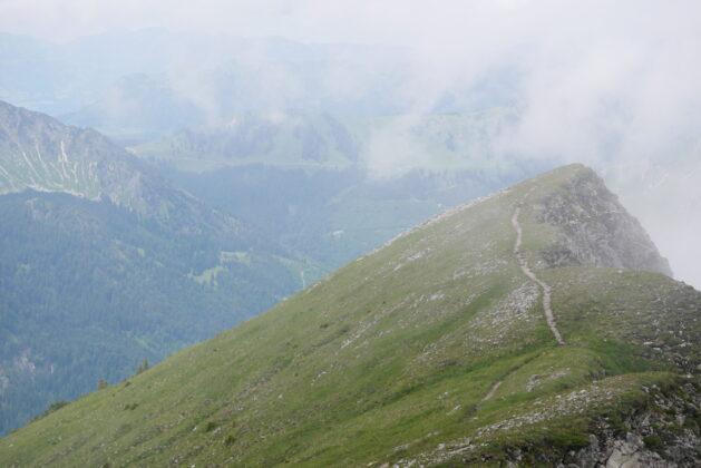 Blick auf Tannheimer Höhenweg